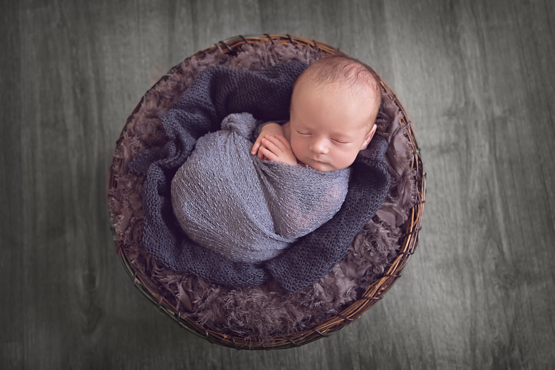 Tiny Feet Photography Baby boy posed in bowl