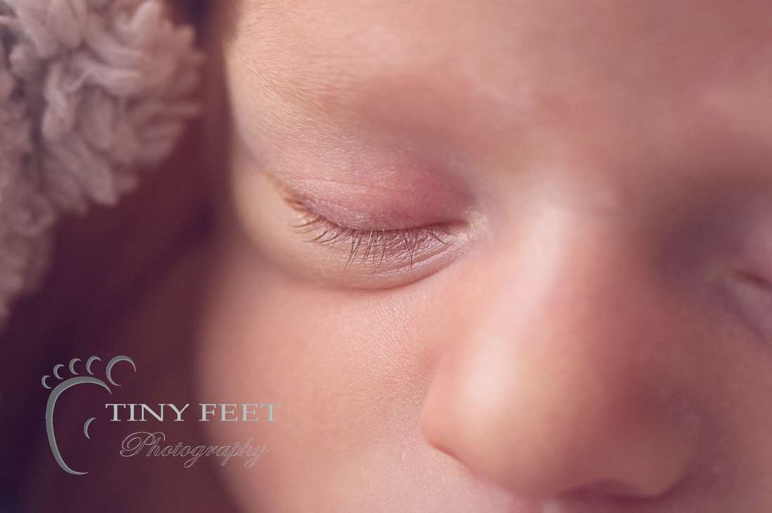 Tiny Feet Photography newborn macro baby eyelashes