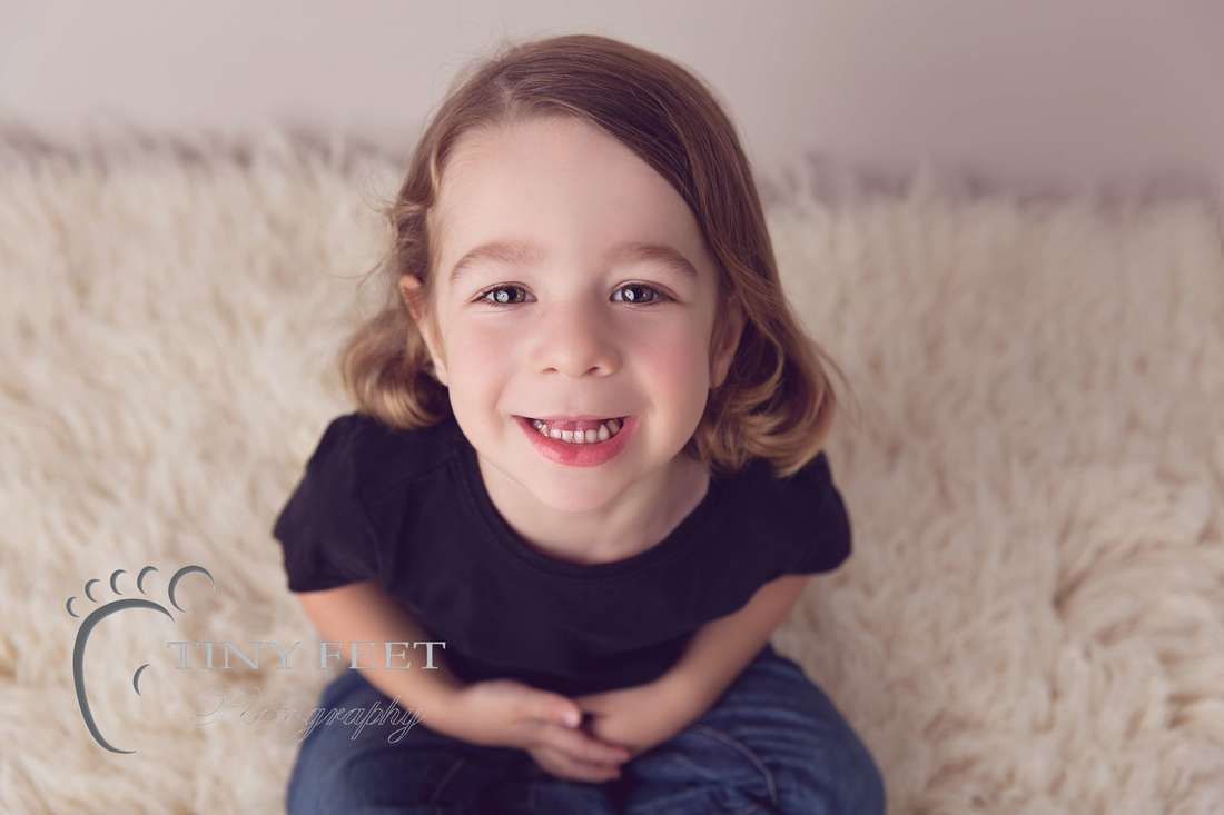 Tiny Feet Photography children portrait session