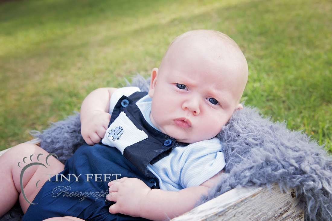 Tiny Feet Photography outdoor family session