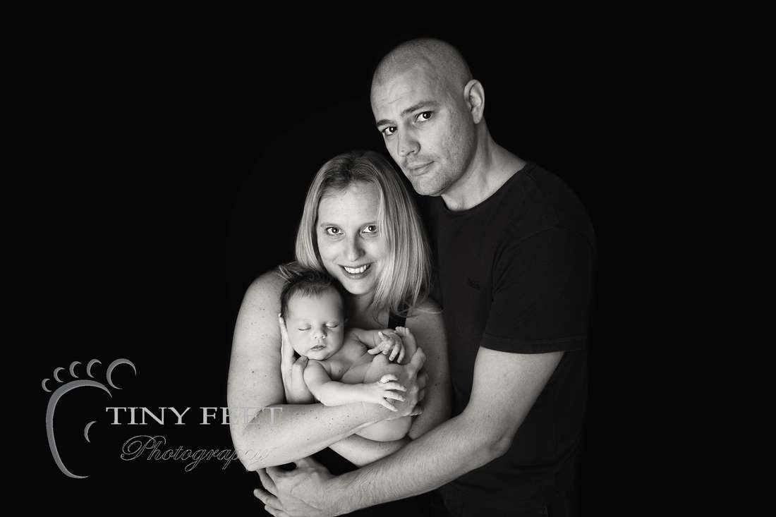 Tiny Feet Photography baby boy posed with mum and dad
